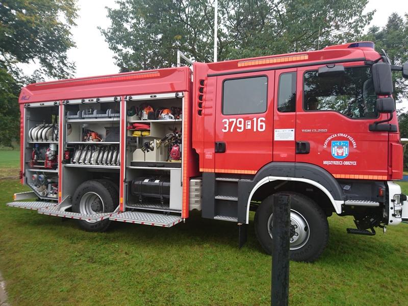 Ilustracja do informacji: OSP Obrzyce ma nowy wóz strażacki