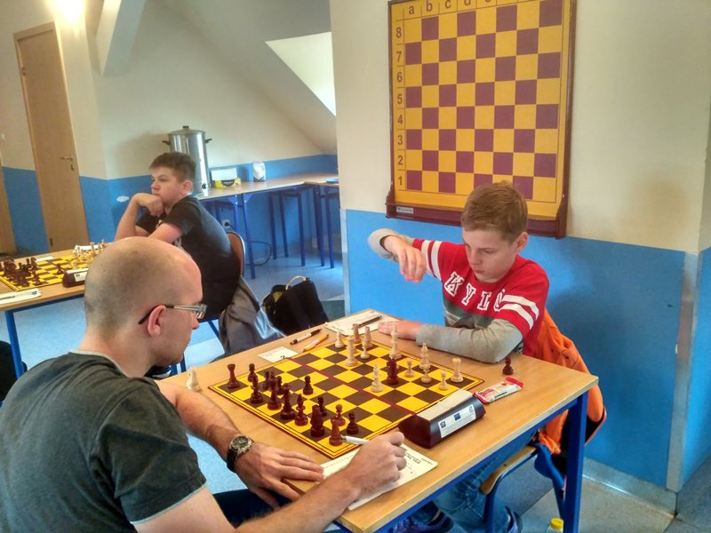 Ilustracja do informacji: Turniej szachowy FIDE pod patronatem burmistrza Międzyrzecza