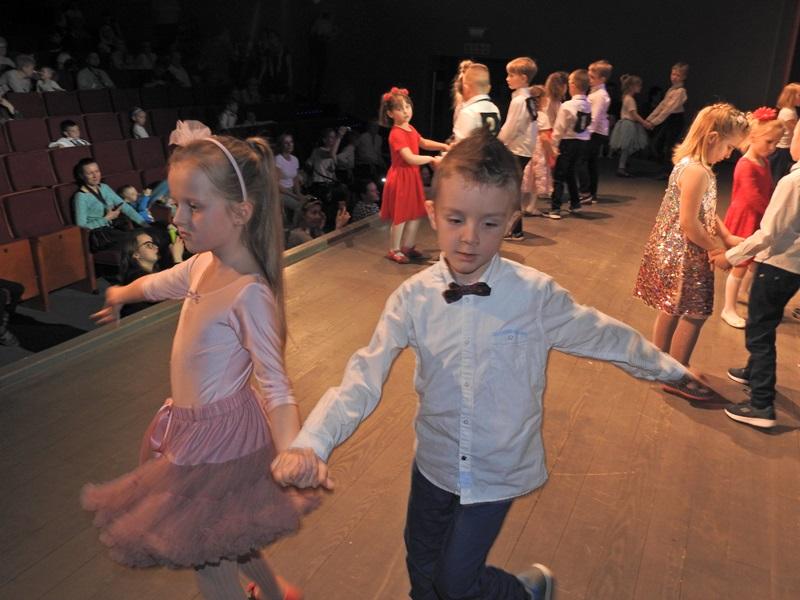 Ilustracja do informacji: I. Przedszkolny Turniej Tańca Towarzyskiego