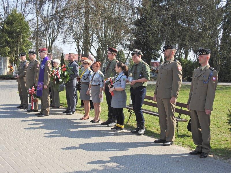 Ilustracja do informacji: 78. rocznica Zbrodni Katyńskiej i 8. rocznica katastrofy smoleńskiej