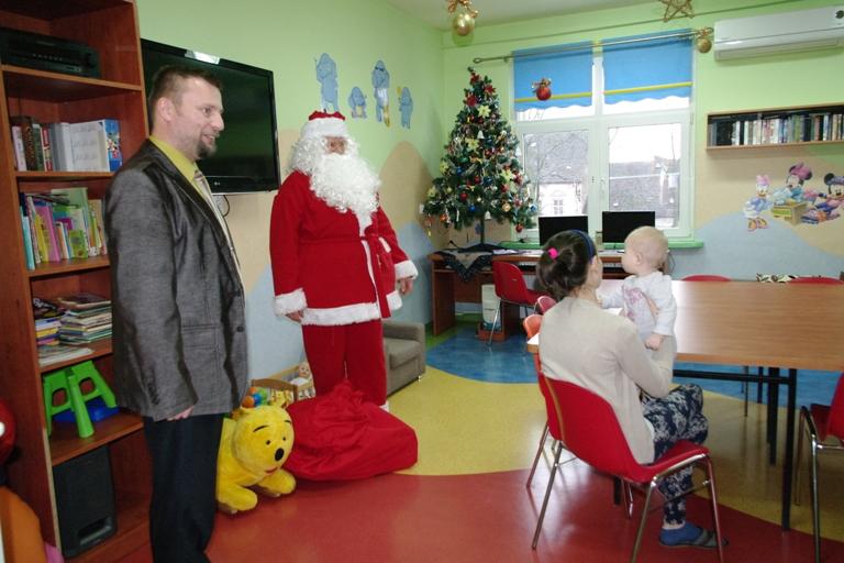 Ilustracja do informacji: Mikołaj w międzyrzeckim szpitalu