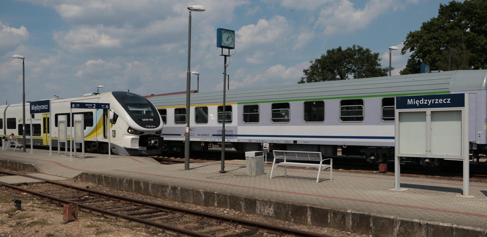 Ilustracja do informacji: Mamy dla mieszkańców bilety na zabytkowe pociągi!
